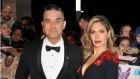 Robbie Williams og hustruen Ayda Field Williams