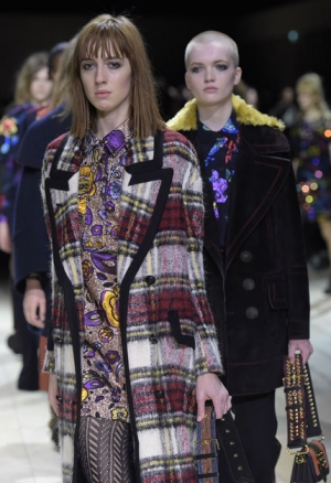 """Christopher Bailey: """"Derfor dropper Burberry det traditionelle modeshow"""""""