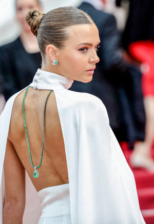Se alle Josephine Skrivers smukke looks under Cannes Film Festival 2019