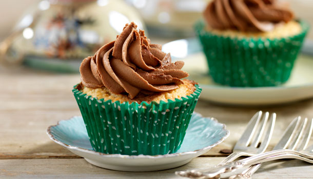 Lyse muffins med nutella-frosting